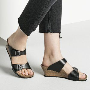 NIB Birkenstock Wedge Sandal - Black